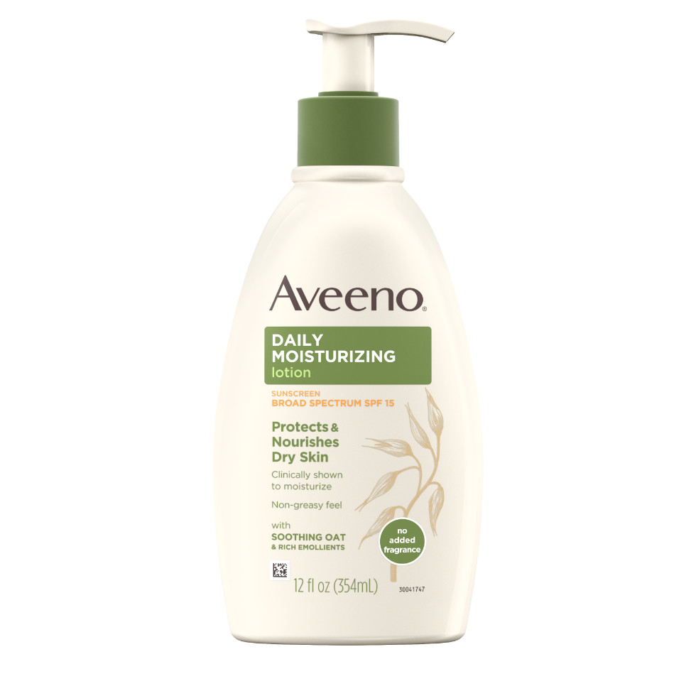AVEENO® Daily Moisturizing Lotion SPF 15 with Oat