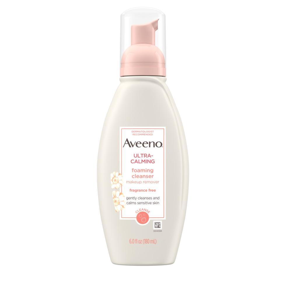 AVEENO ULTRA-CALMING® Foaming Cleanser for Sensitive Skin